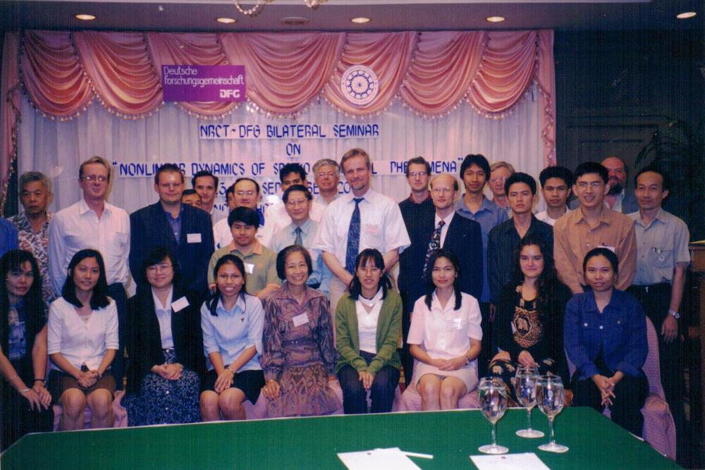 2000 Bangkok NRCT-DFG Bilateral Seminar on Nonlinear Dynamics of Spatio-Temporal Phenomena - Group