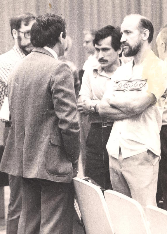 Discussion Between Georgy Guria and Arthur Winfree in Pushchino, USSR, (1983)