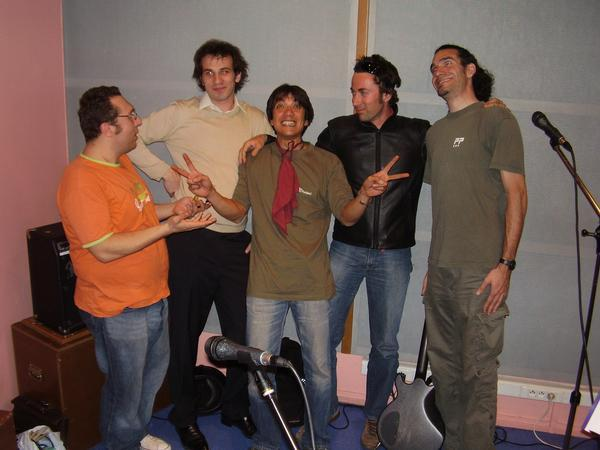 "Group Photo of ""La Manipulation de Belousov-Zhabotinsky"" #1 (2009)"